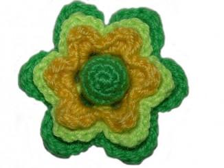Вязание крючком объемного трехслойного цветка