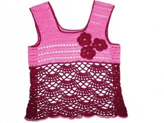 Вязаный крючком розовый топ для девочки
