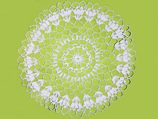 Вязание крючком салфетки Изюминка