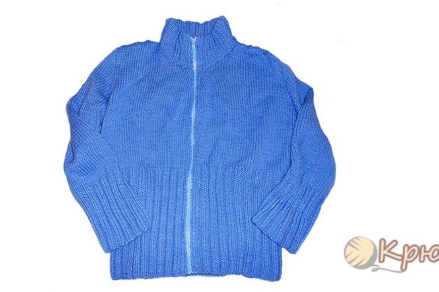 Мужской жакет «Голубая даль», связанный спицами