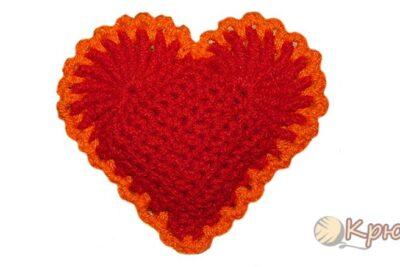 Двухцветное сердечко-валентинка крючком
