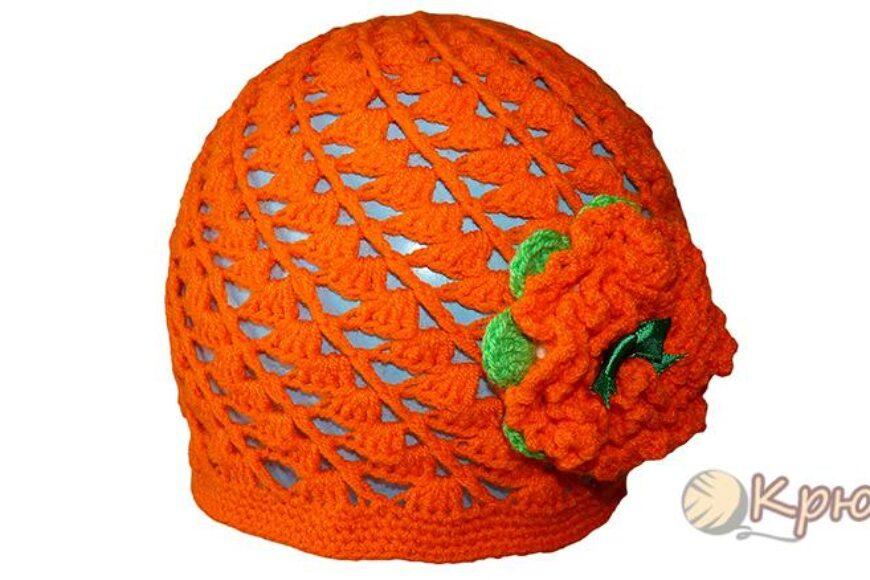 Детская шапочка, связанная по спирали крючком