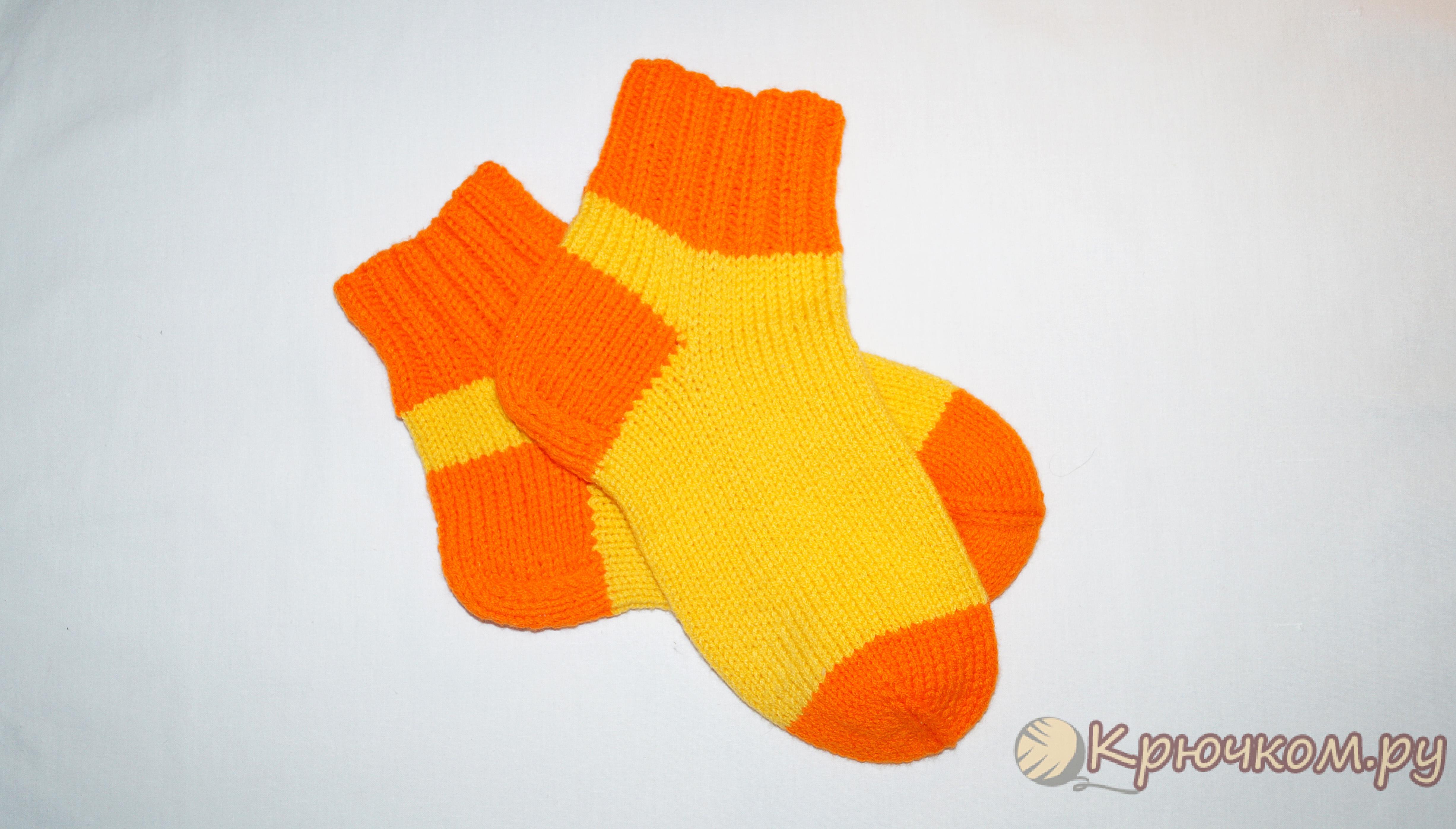 -носки-спицами Как вязать носки спицами для начинающих: пятью и двумя спицами с видео.