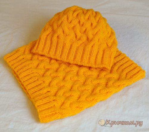 Осенняя женская шапка спицами