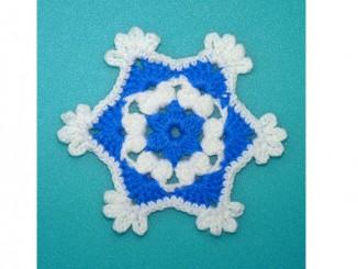 Зимний мотив «Новогодняя снежинка» крючком