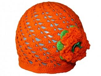 Детская шапочка связанная по спирали крючком