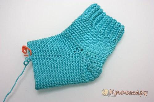 Новорожденным вязание начинающим носочки